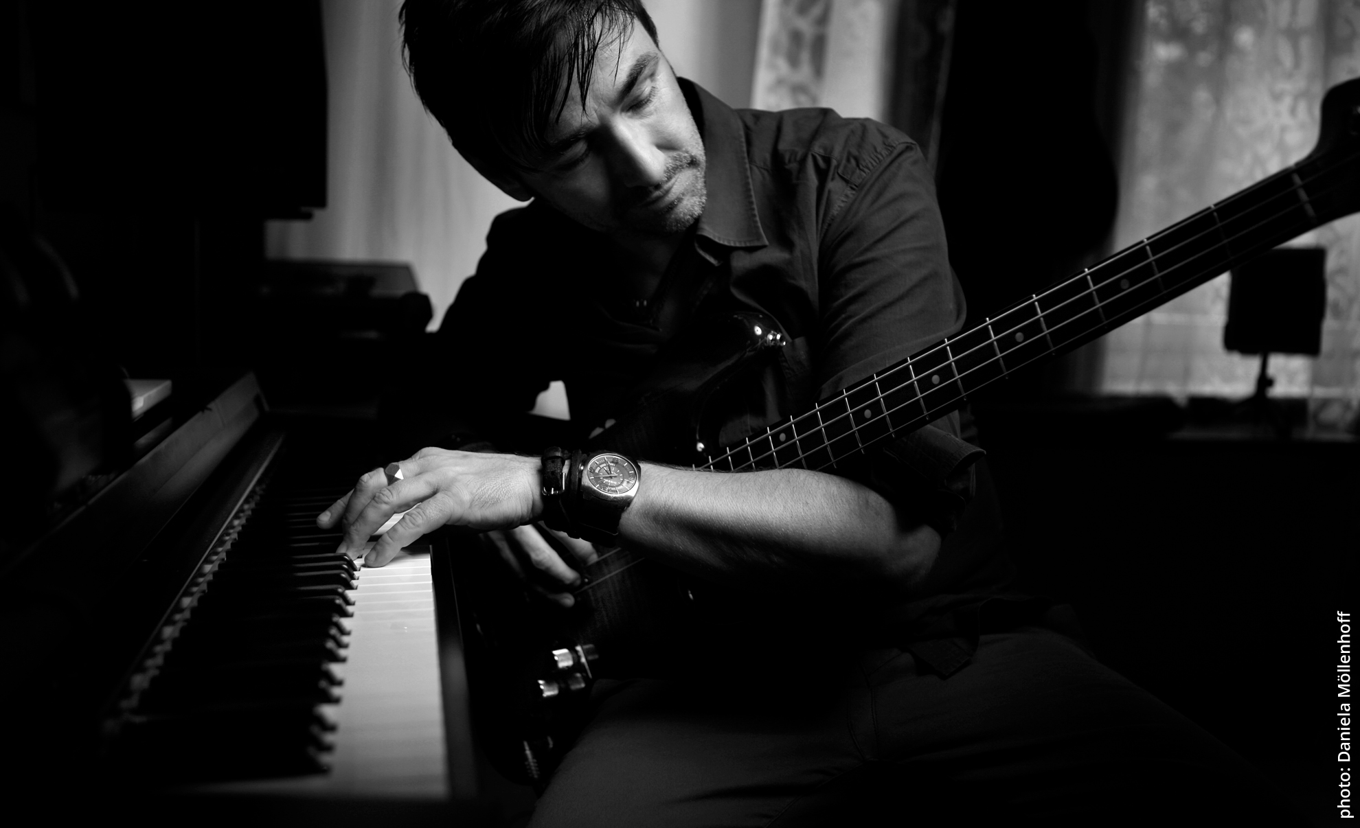 David Alleckna - bassist, producer, composer, musician, Hamburg